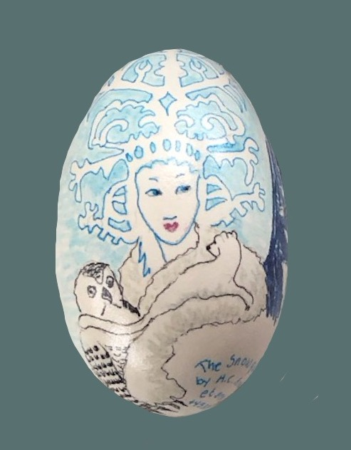 Snedronningen, smuk men kold som forne tiders indlandsis, malet på æg med inspiration fra H.C. Andersens eventyr af samme navn