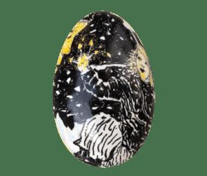 Æg bemalet med inspiration fra eventyret Den lille pige med svovlstikkerne