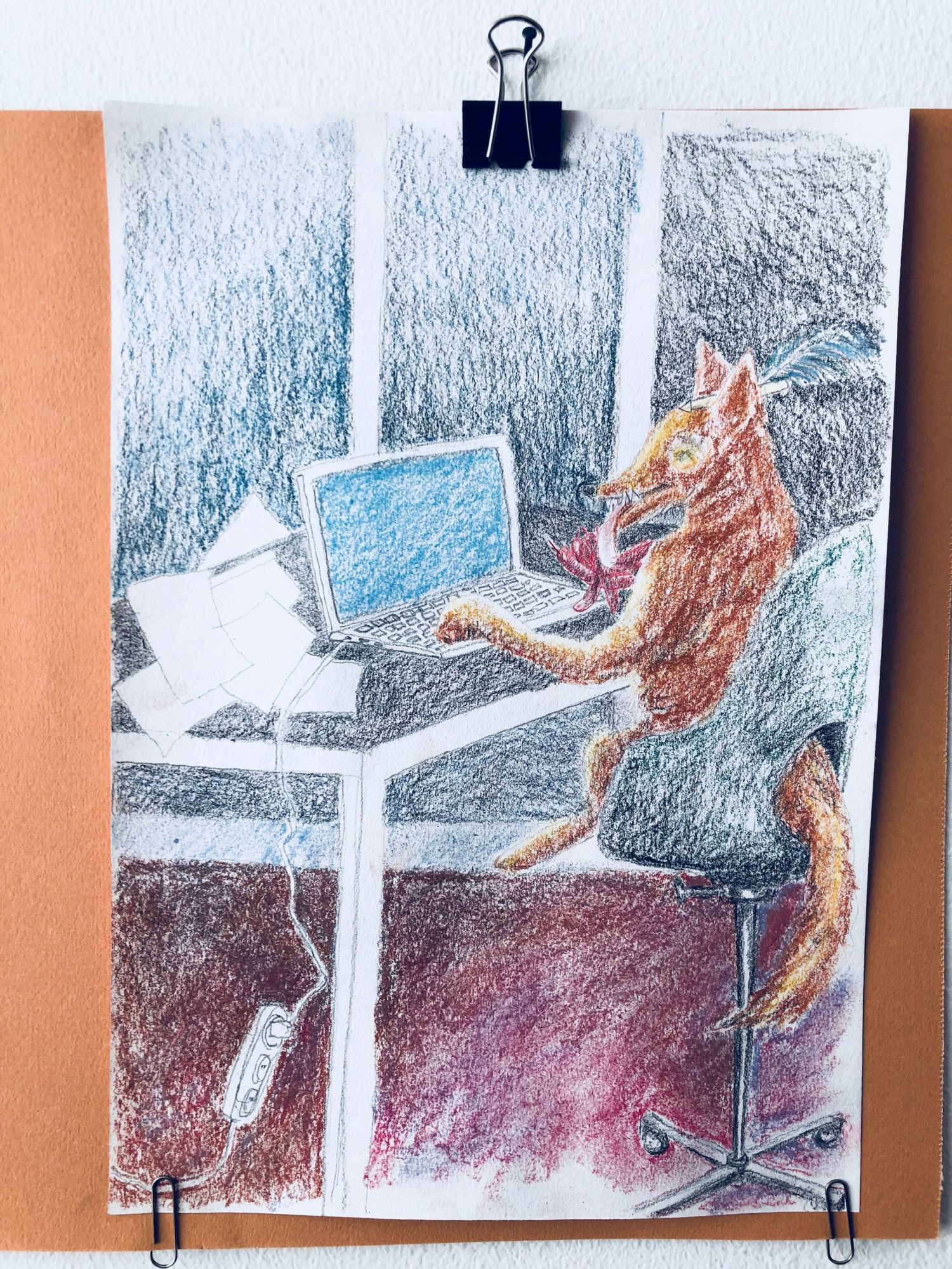 Tegning Af Ræv, Som Bruger En Forfatters PC
